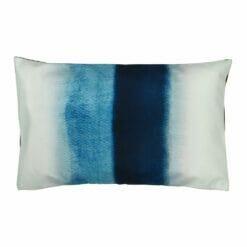 Rectangular monochromatic blue outdoor velvet cushion