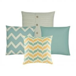 A set of 4 cushions with solid and zigzag patterns. In gold, white and teal colours.